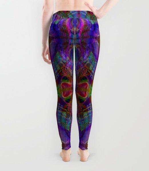 peek_a_boob_yogi_yoga_wear_back